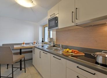 Ferienhaus_Bergland_Ellmau_Appartement_3_Kueche