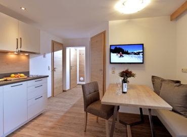 Ferienhaus_Bergland_Ellmau_Appartement_2_Wohnkueche