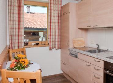 Ferienhaus_Bergland_Ellmau_Appartement_2_Kueche_1