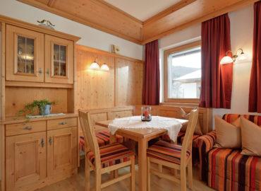 Ferienhaus_Bergland_Ellmau_Appartement_2_Wohnzimmer_2