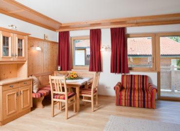 Ferienhaus_Bergland_Ellmau_Appartement_2_Wohnzimmer_3
